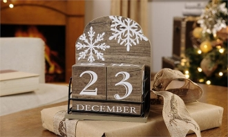 MDF Holiday Design Advent Calendar Table Block